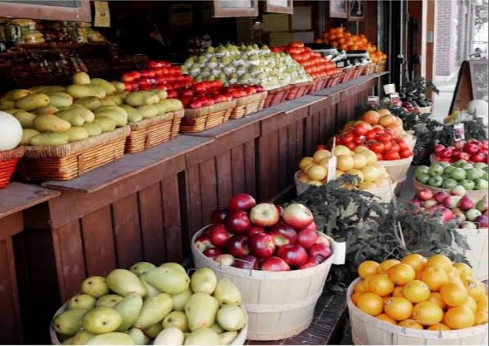 China Halts U.S. Farm Imports, Threatening Trade Deal